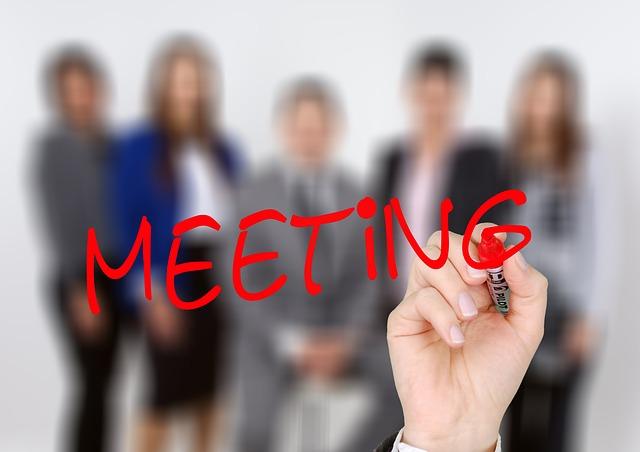 Six Thinking Hats – Besprechungen effizient gestalten – Seminartipp!